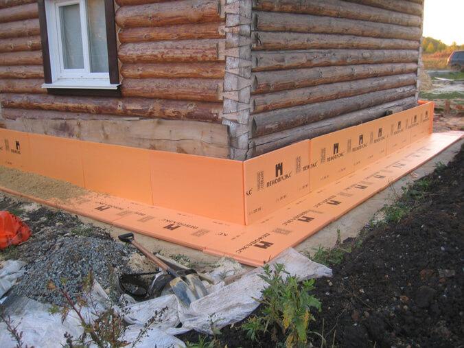 Утепление фундамента своими руками в деревянном доме