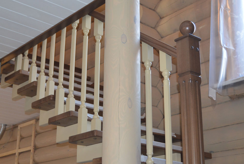 Как установить балясины и столбы на лестницу