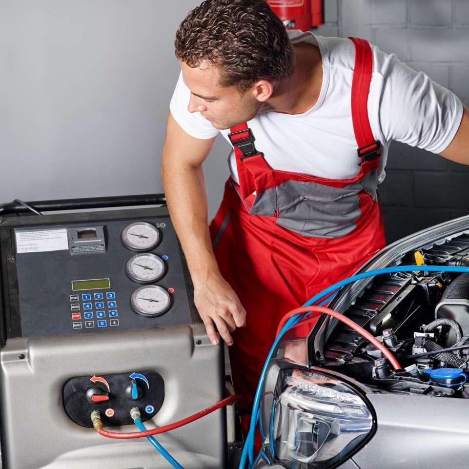 Обслуживание систем кондиционирования. Какой формат более выгоден: регулярное обслуживание или разовые выезды по запросу?