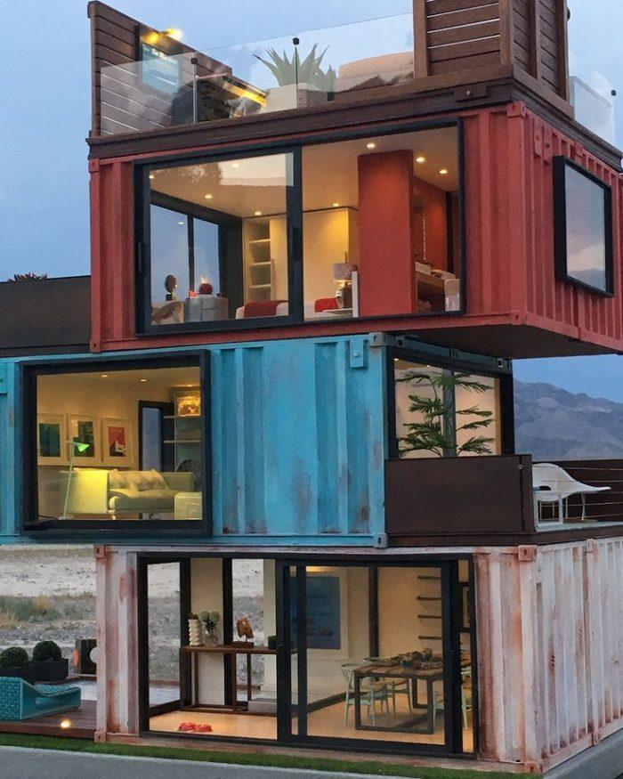 Дома из морских контейнеров: варианты строительства, планировка