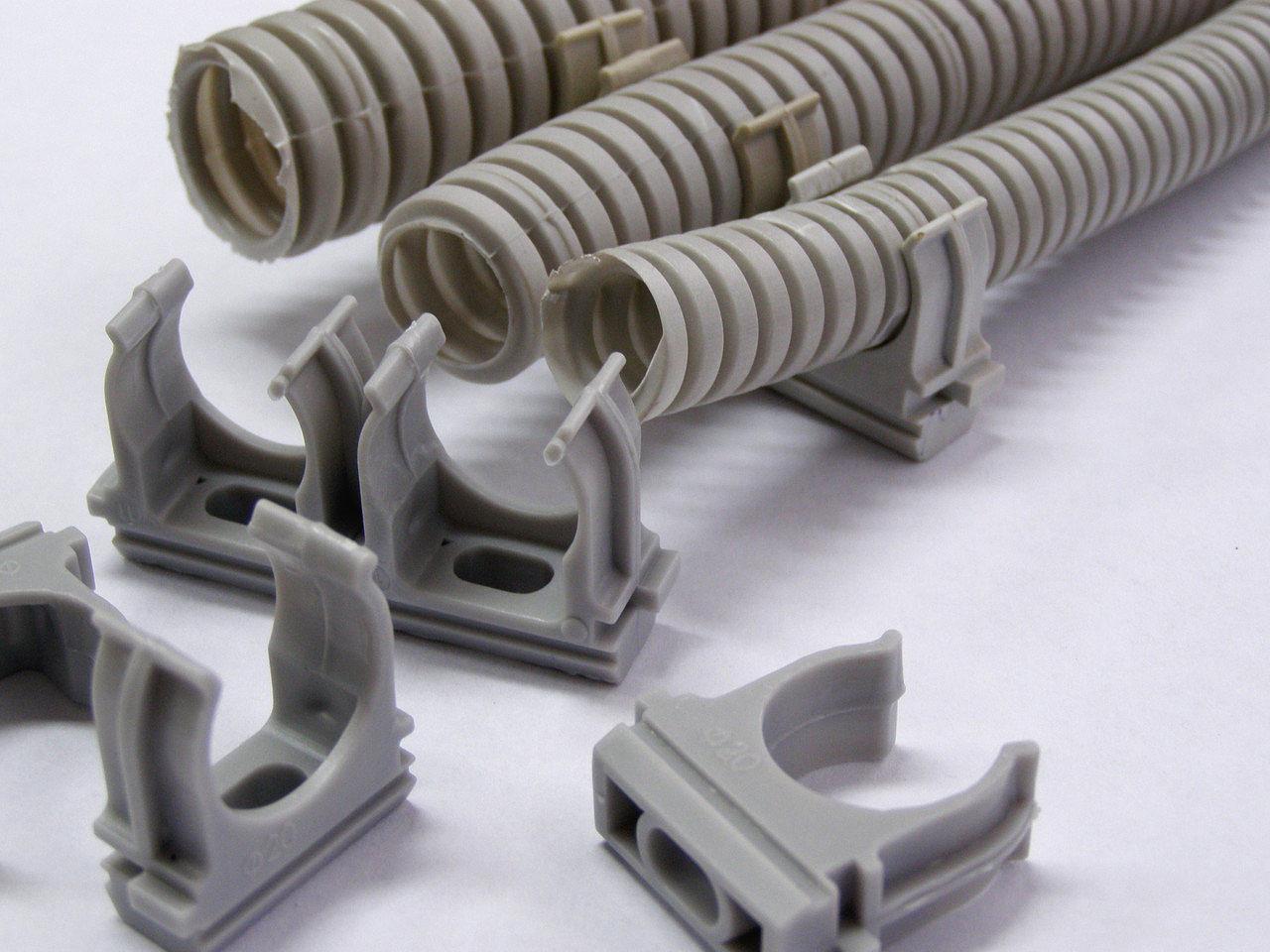 Клипсы для крепления электропроводки — особенности применения