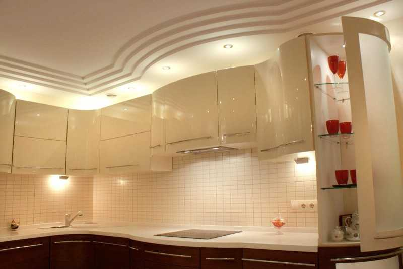 Из чего сделать потолок на кухне