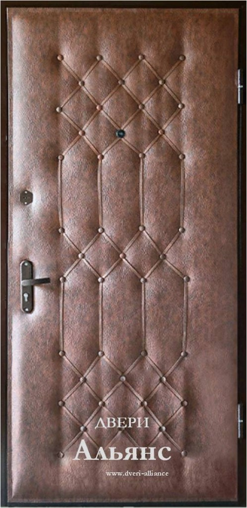 Как обшить дверь из дерева, металла