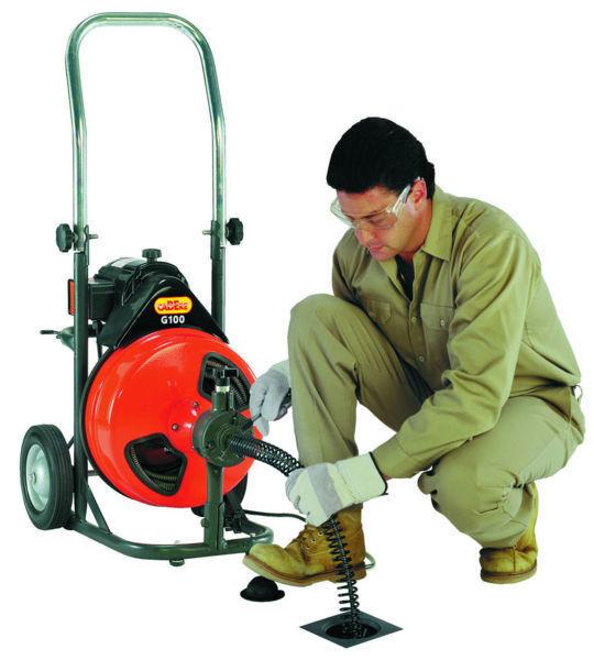 Принцип действия машин для прочистки канализационных труб