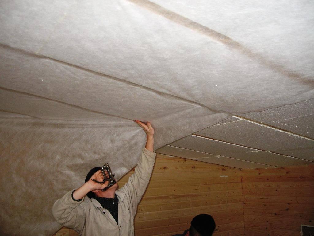 Как утеплить потолок своими руками