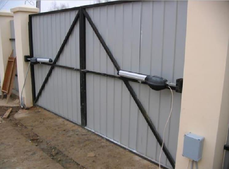Самостоятельное изготовление секционных ворот с электроприводом