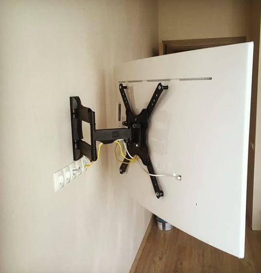 Как установить телевизор на стену
