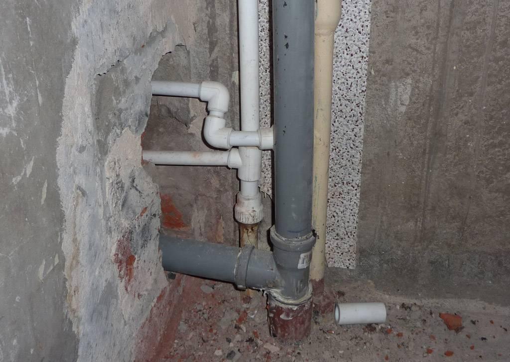 Кто должен менять стояк канализации в квартире