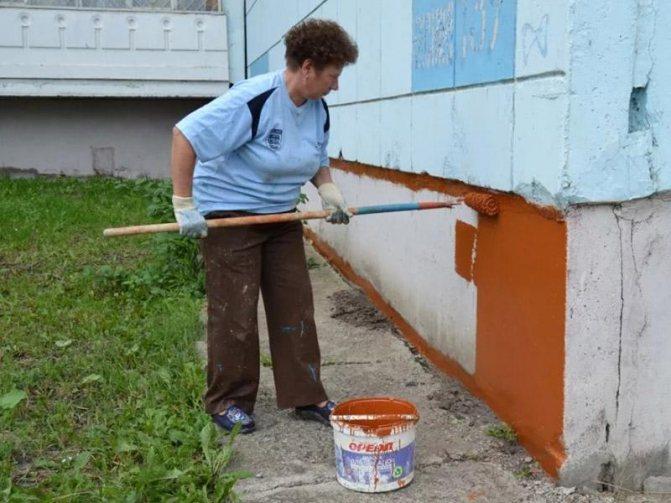 Как и чем покрасить цоколь фундамента своими руками