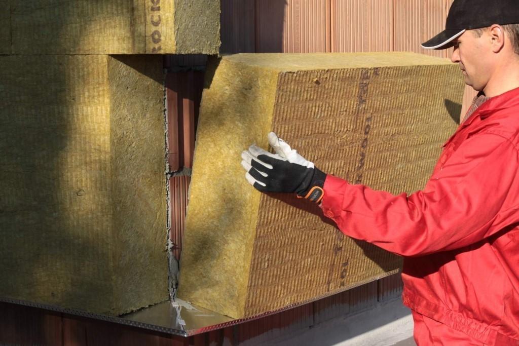 Фасадные утеплители для наружной отделки дома под штукатурку