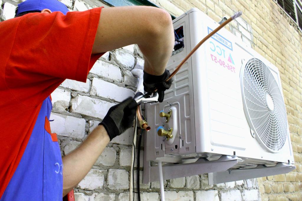 Как демонтировать сплит-системы кондиционеров самостоятельно летом и зимой