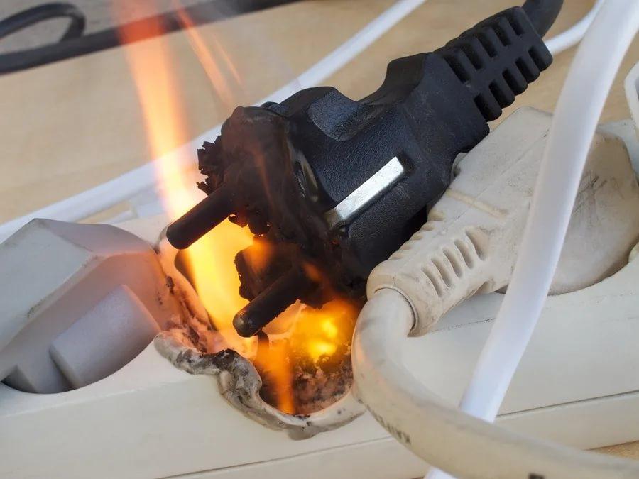 Как проверить электропроводку в квартире на короткое замыкание