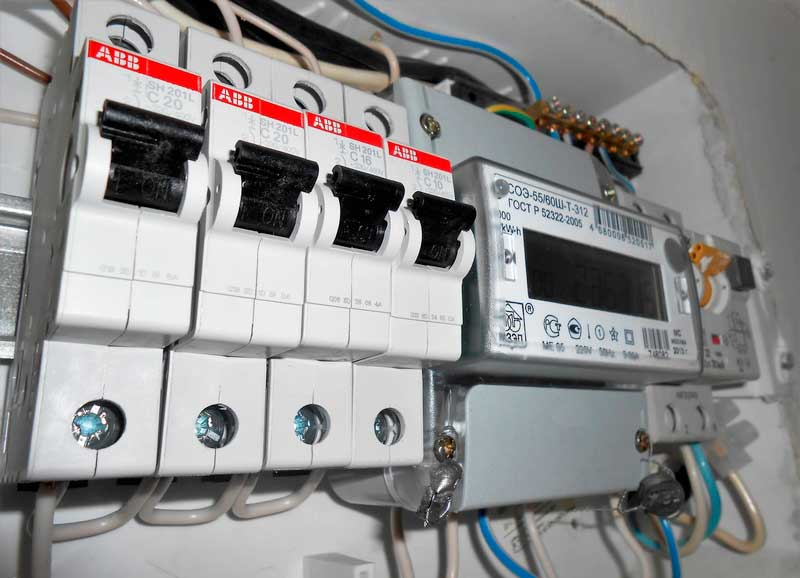 Причины срабатываний автоматических выключателей в электрощитке