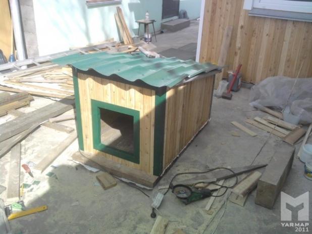 Собачья будка своими руками: два фотоотчета + видео