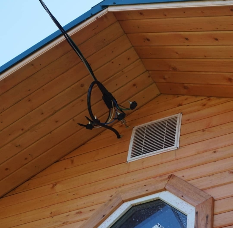 Как подключить электричество от столба к дому