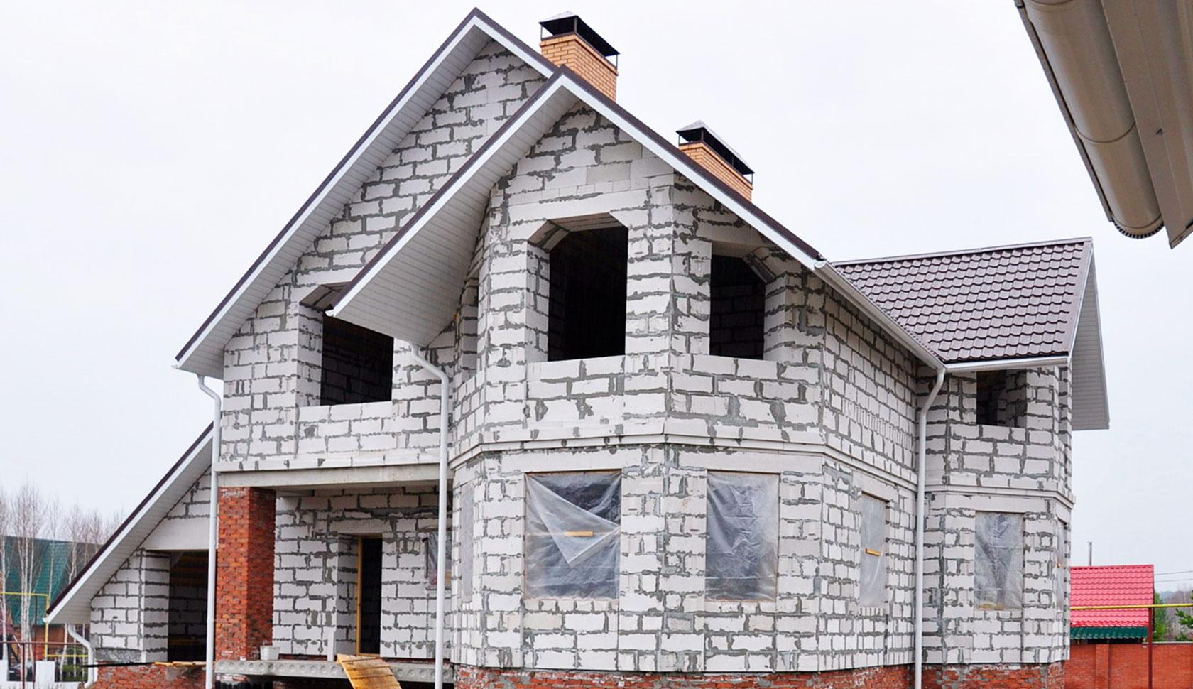 Дома из газобетонных и газосиликатных блоков: особенности строительства