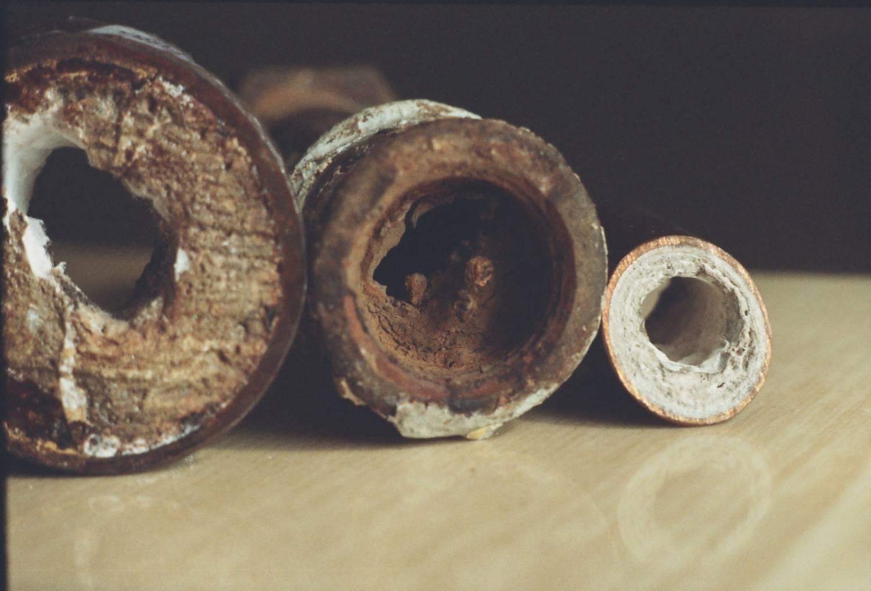 Как растворить жировые отложения в трубах канализации: методы очистки и профилактики