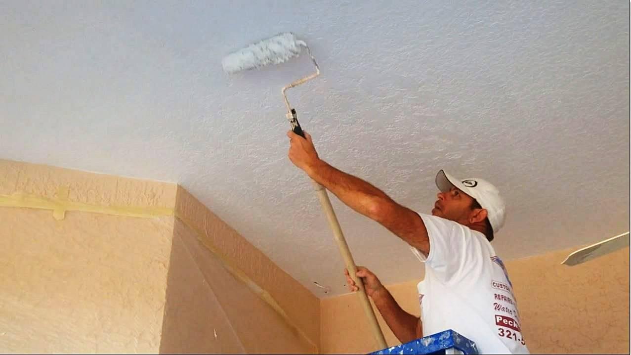 Как грунтовать потолок перед покраской своими руками
