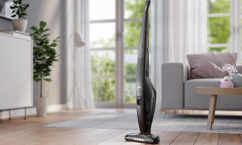 Вертикальный пылесос: лучше ли он чем обычный, как выбрать хорошую модель и рейтинг лучших