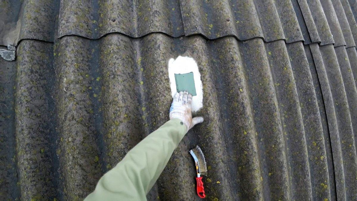 Чем заделать трещину в шифере на крыше: делаем ремонт шифера своими руками