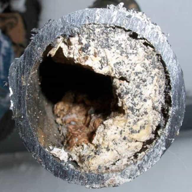 Как растворить отложения жира в трубах канализации