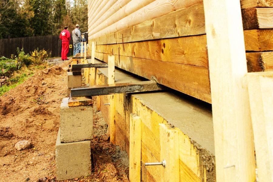 Подъем деревянного дома