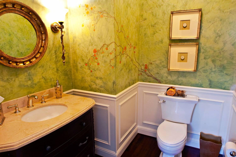 Отделка стен в ванной комнате: старые и новые материалы