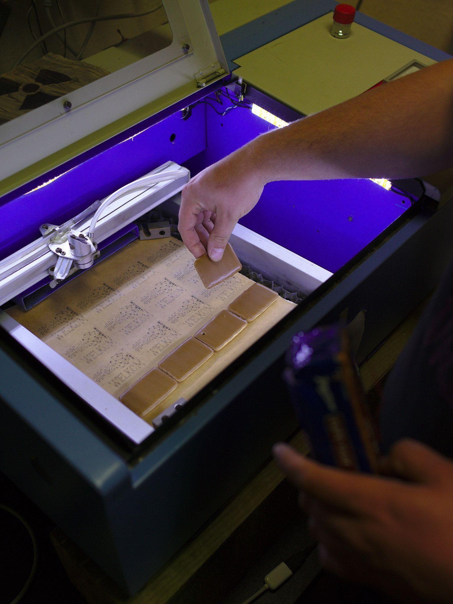 Какой выбрать станок для гравировальных работ: ТОП-13 лучших лазерных граверов