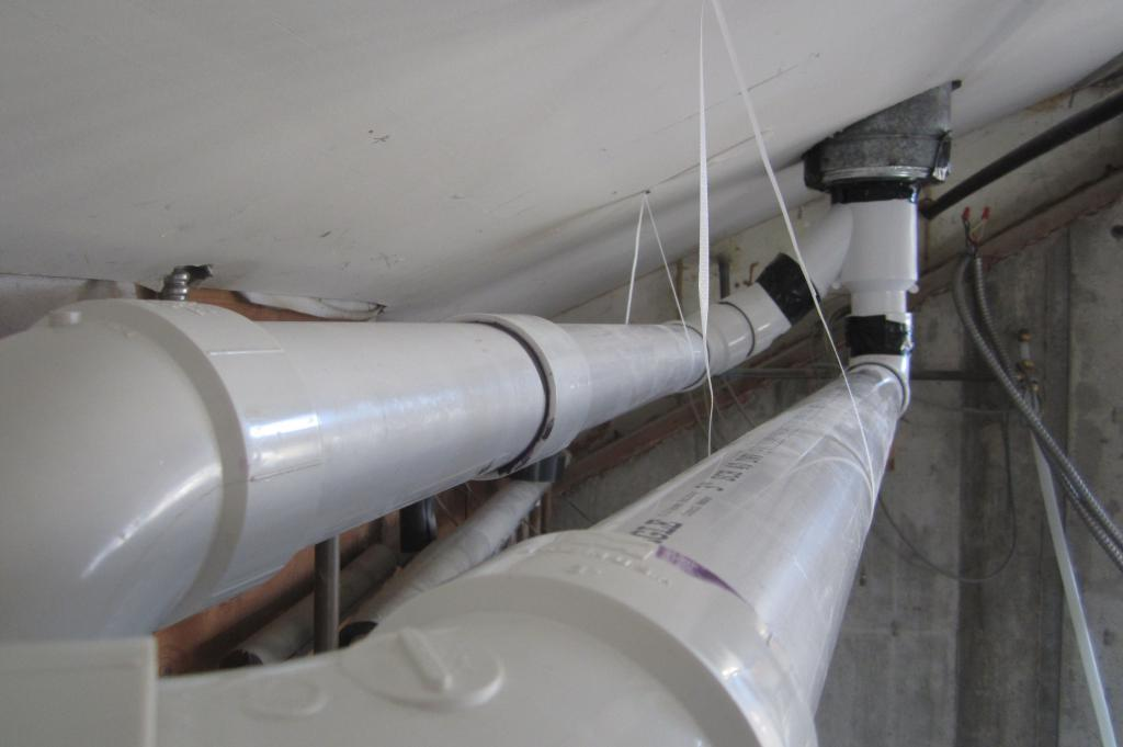 Вентиляция из пластиковых, канализационных и пвх труб, диаметр труб для вентиляции