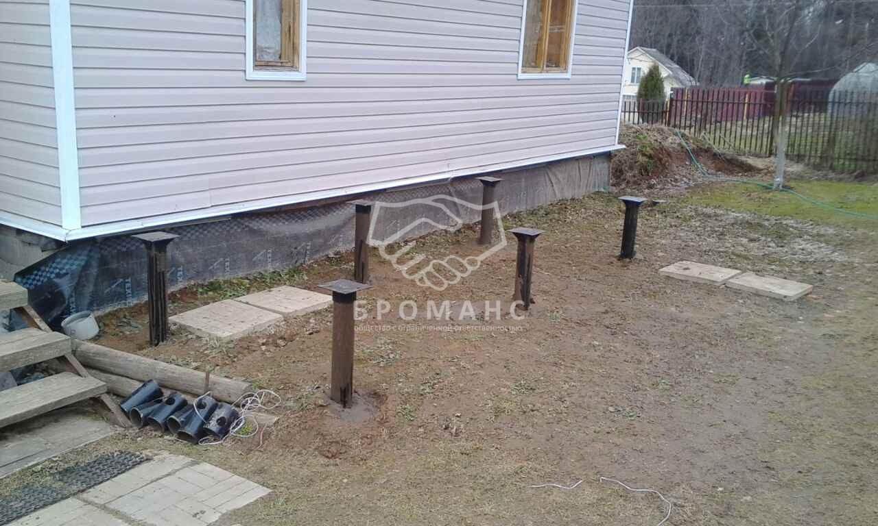 Как построить пристройку к дому на свайном фундаменте