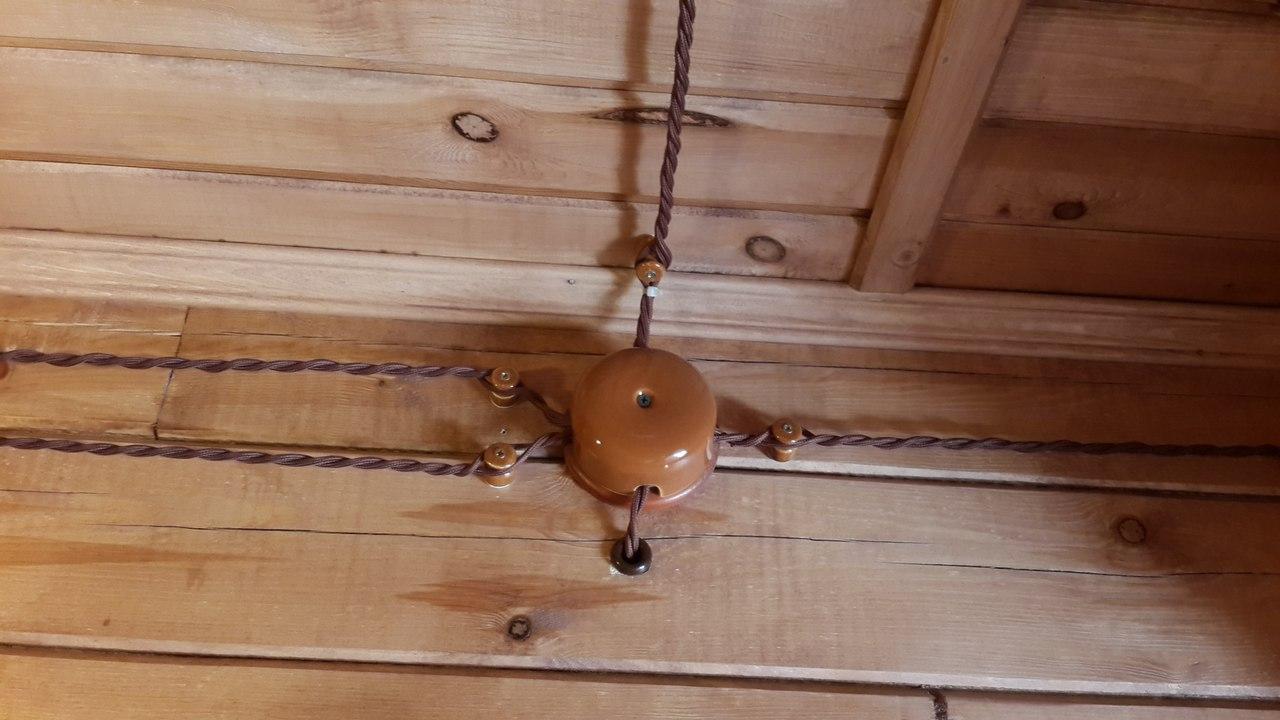Электропроводка под старину в деревянном доме