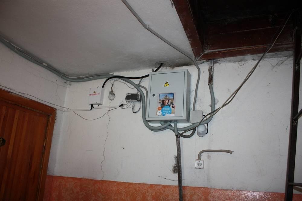 Как перенести счетчик электроэнергии из подъезда в квартиру