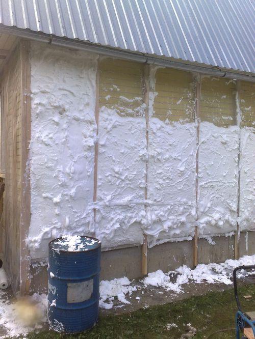 Преимущества фольгированных утеплителей для стен и пола