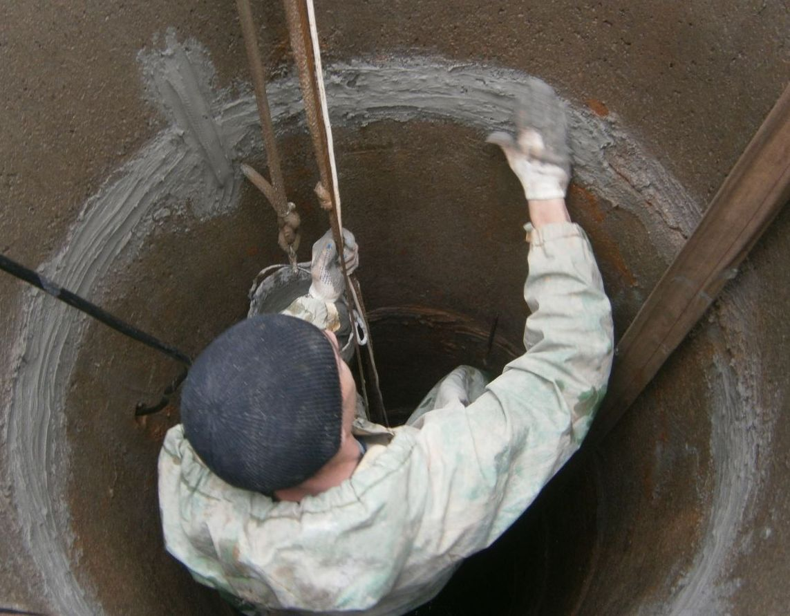 Как выкопать колодец на даче, возле дома