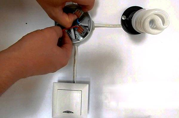 Как устранить мерцание светодиодных ламп в выключенном состоянии