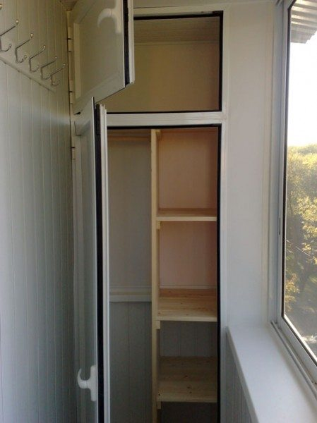 Как сделать шкаф на балконе своими руками: делаем по схеме с фото своими руками