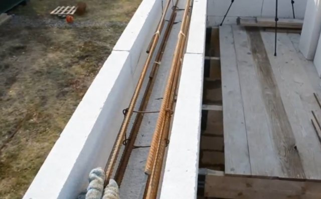 Мауэрлат на газобетон без армопояса: пошаговое крепление мауэрлата к газобетону с фото инструкцией