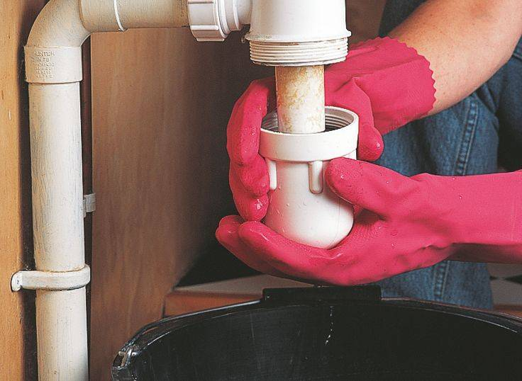 Как убрать запах канализации из раковины на кухне