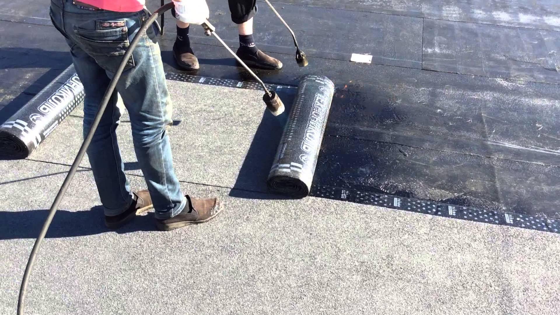 Как уложить рубероид на крышу своими руками: порядок проведения работ