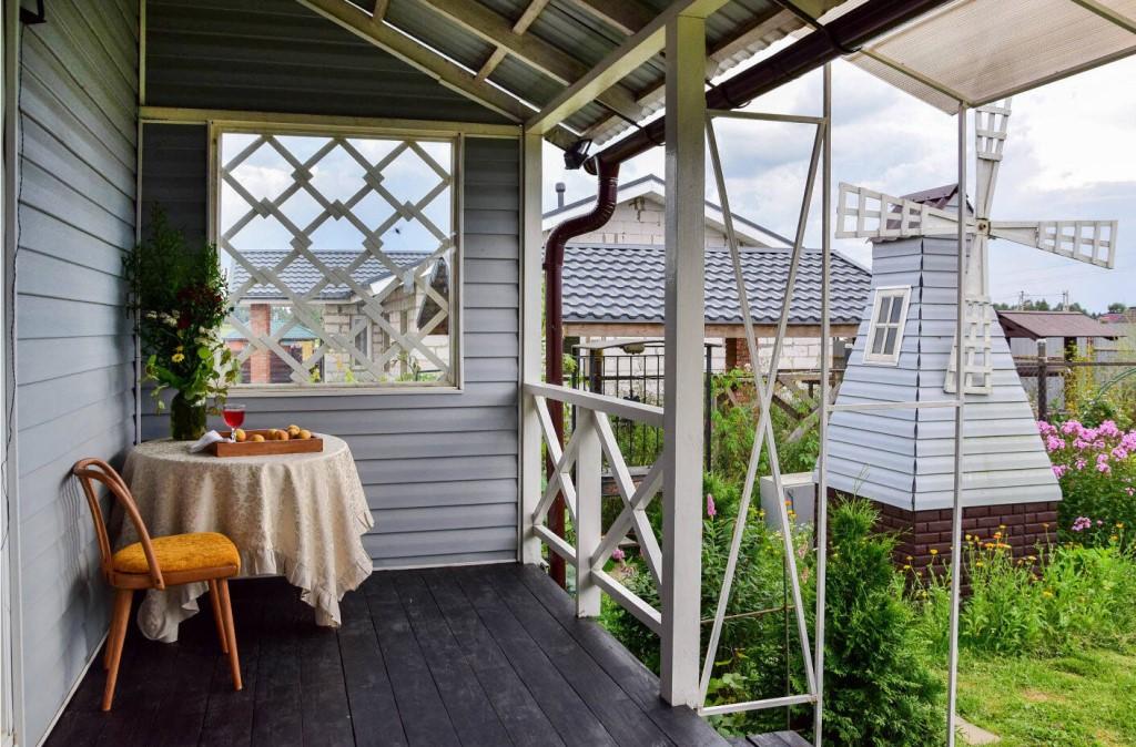 Как пристроить веранду к дачному дому своими руками
