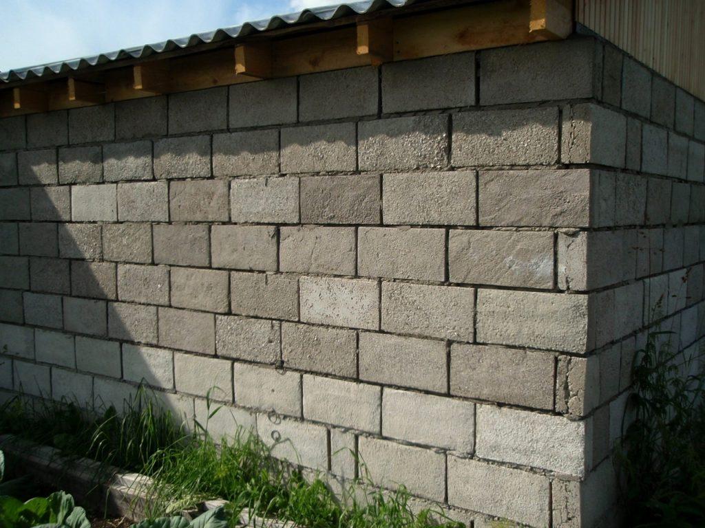 Какой шлакоблок лучше для строительства дома