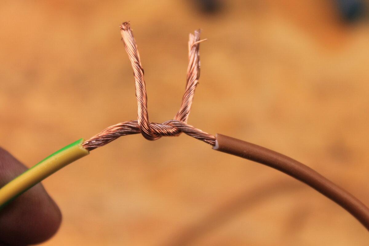 Как соединить одножильный и многожильный медный провод