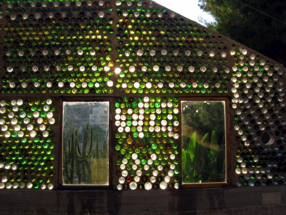 Строения из стеклянных бутылок реальность или фантастика