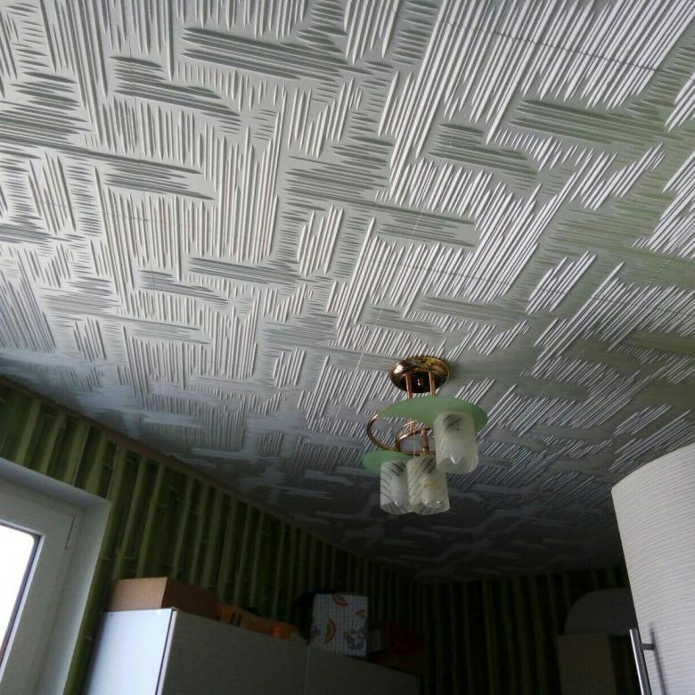 Покраска потолочной плитки из пенопласта