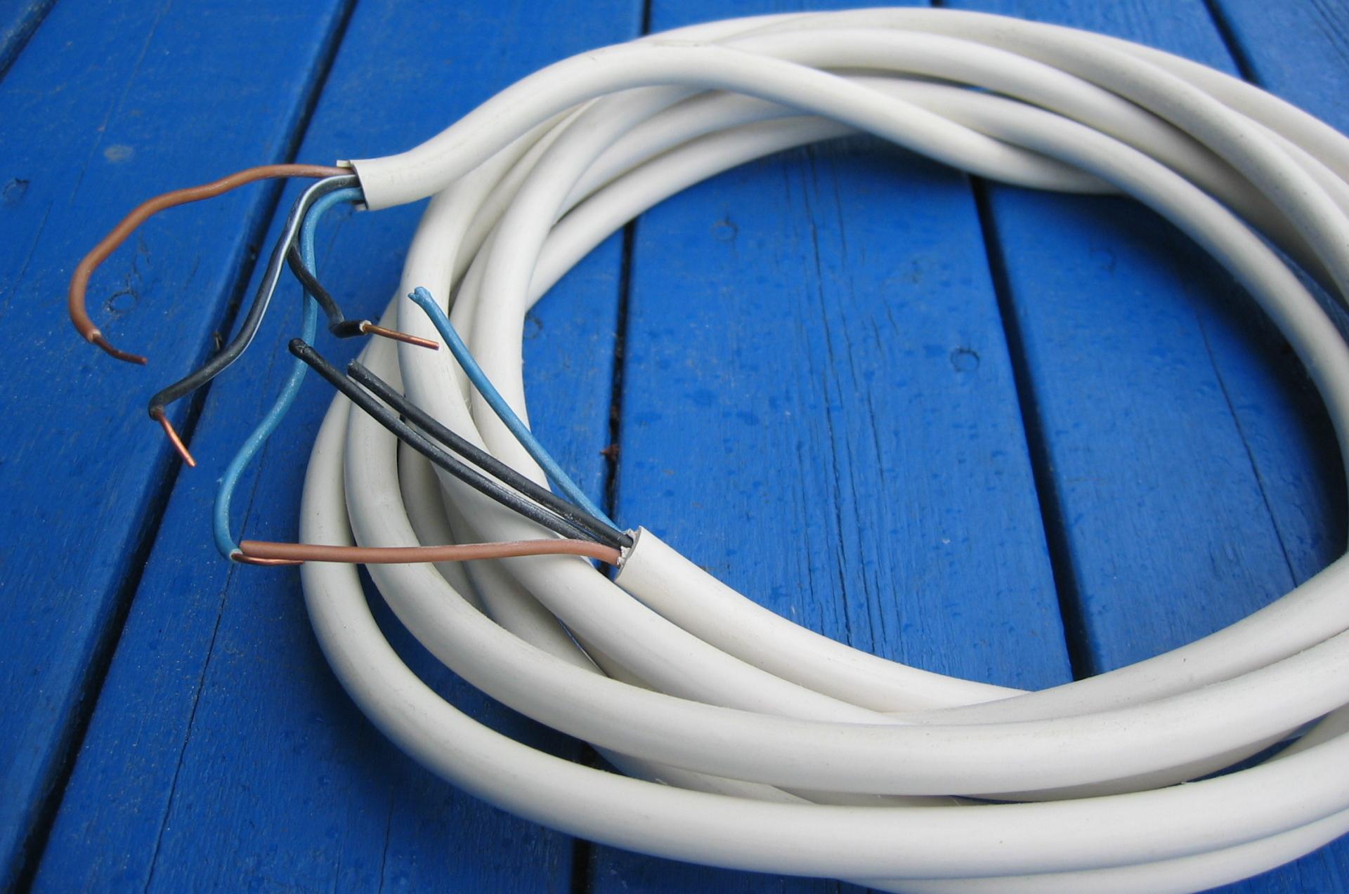 Какие провода лучше выбрать – алюминиевые или медные